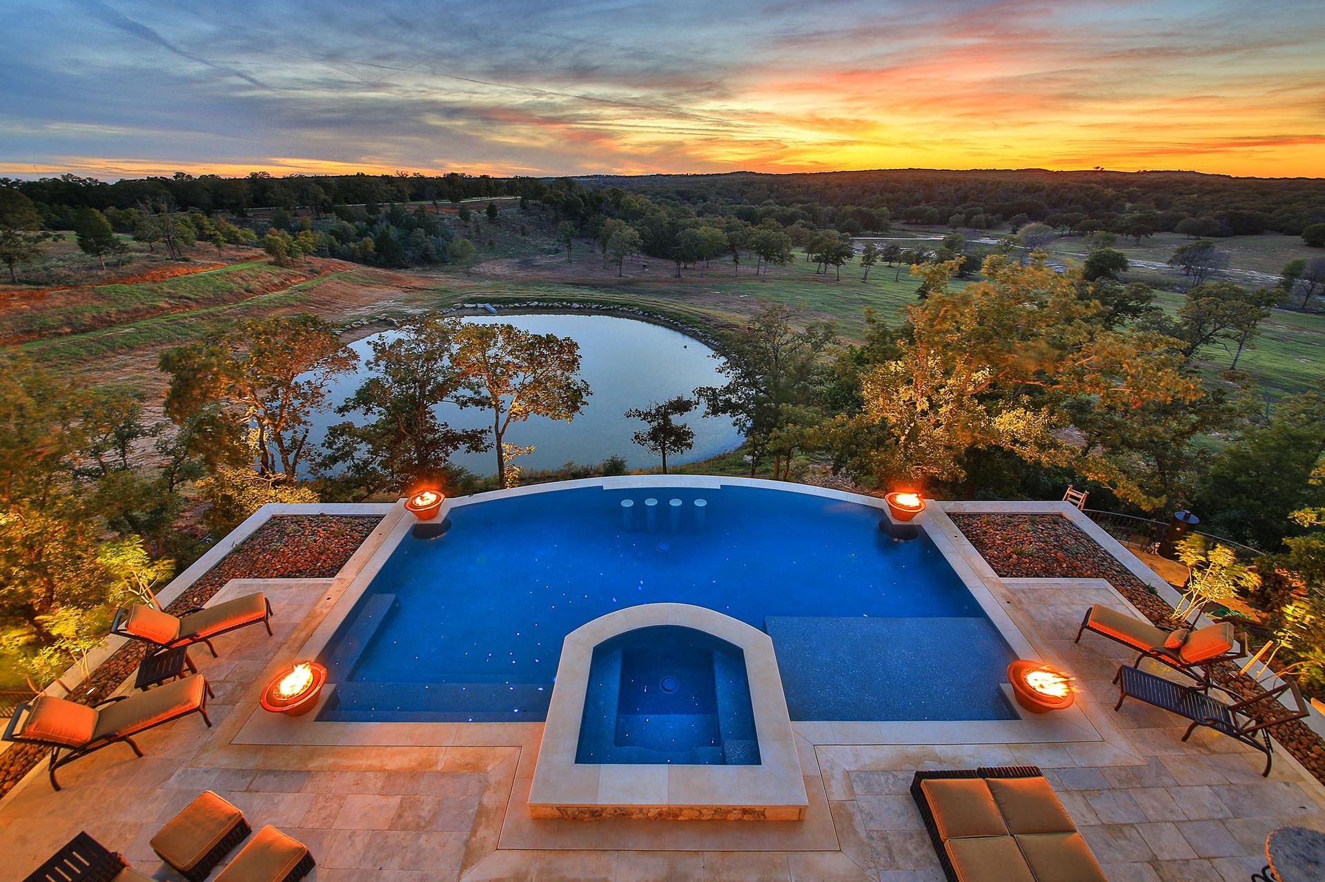 Milano Texas Ranch Residence Aquabuilders
